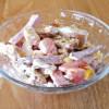 Салат з сухариками та куркою Смачні традиції