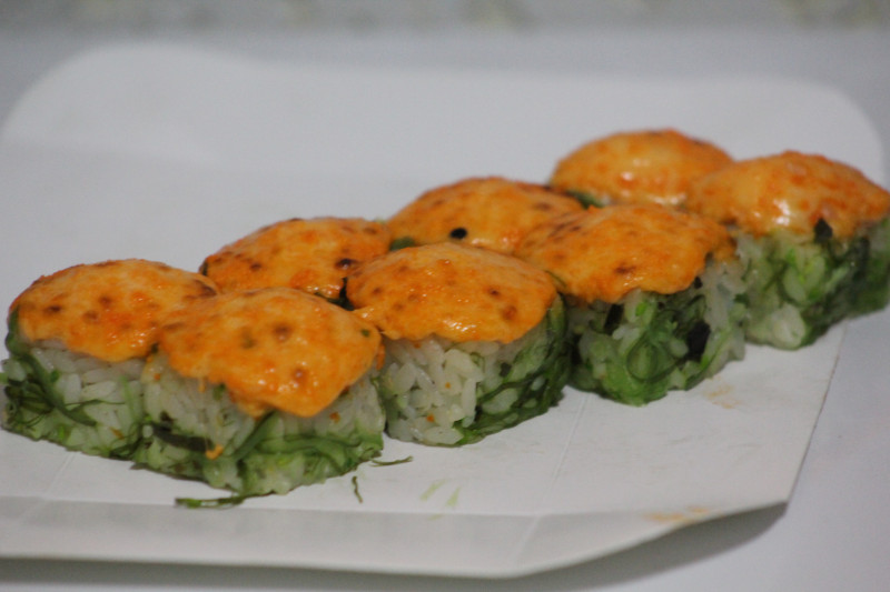 Запеченый с креветкой Sushi-Ushi