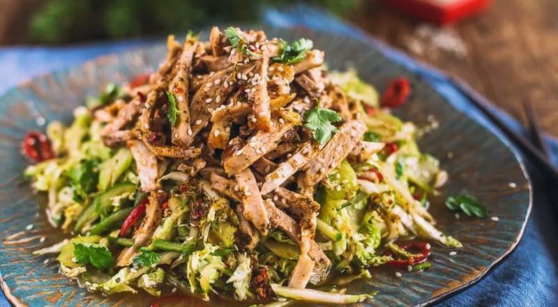 Теплый салат с телятиной Fiesta