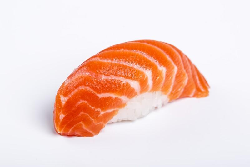 Нигири с лососем Sushi-Ushi