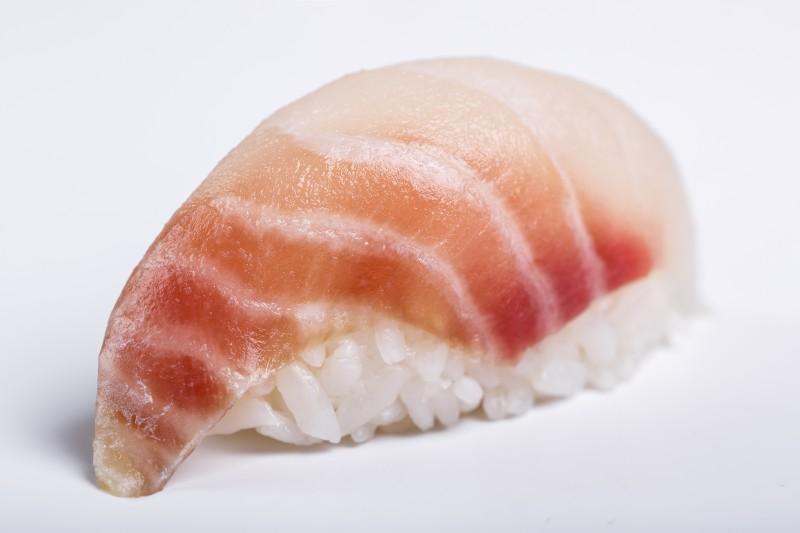 Нигири с окунем Sushi-Ushi