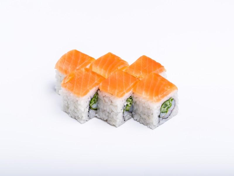 Ролл с тигровой креветкой и лососем Sushi-Ushi