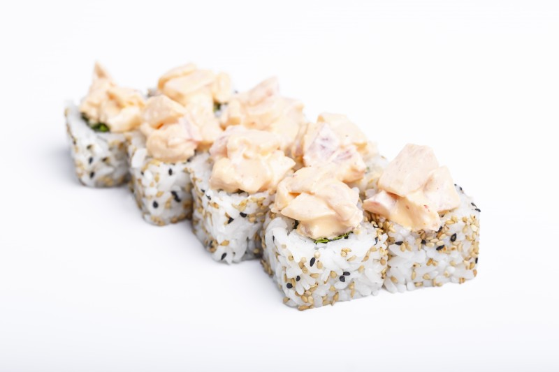 Спайси ролл с окунем Sushi-Ushi
