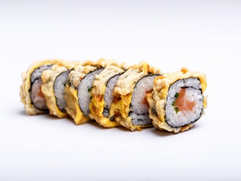 Теплый ролл с лососем Sushi-Ushi